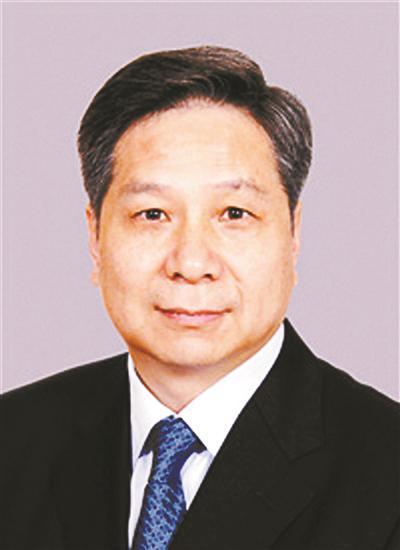 中国人保总裁白涛任国投董事长 副总裁唐志刚任中国信保监事长