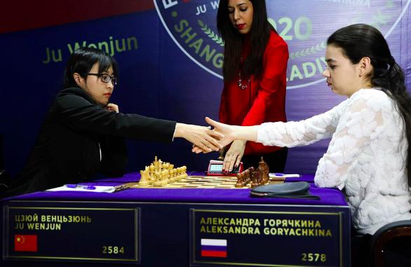 女子国际象棋世界冠军赛第九局 居文君战胜挑战者扳平比分