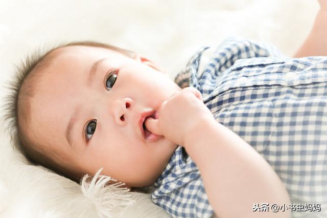 七个月的宝宝要如何喂养?怎样安排每天的食量?这几个重点要做好