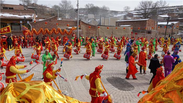 精彩:定西:纪委帮扶心连心红红火火迎新春