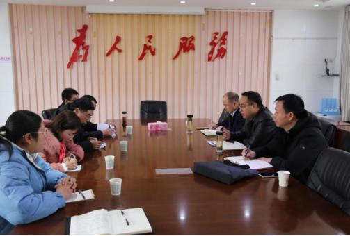 石泉县人民检察院班子成员节前密集走访人大代表、政协委员,征求意见、建议