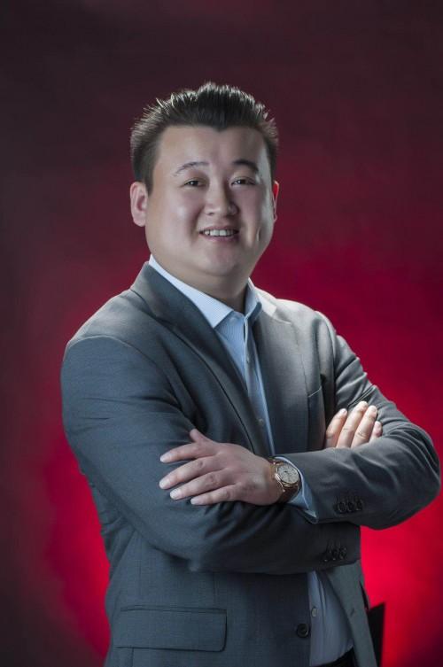 华云数据董事长许广彬荣获2019年度科技影响力人物奖