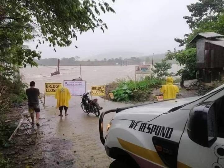"""菲律宾以东海域热带低压生成 可能发展成为第22号台风""""环高""""图片"""