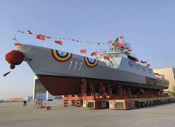 外媒:中国向马来西亚交付首艘濒海任务舰图片