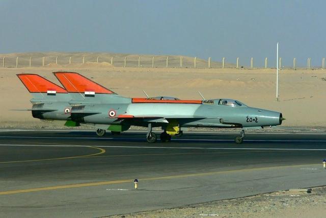 叙利亚米格机快打光,采购团到埃及直奔机库,或连歼7也打包买回
