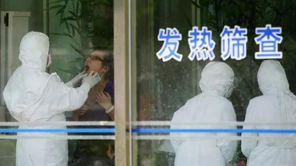 """胡锡进:支持鼓励武汉人打好他们的""""武汉保卫战""""图片"""