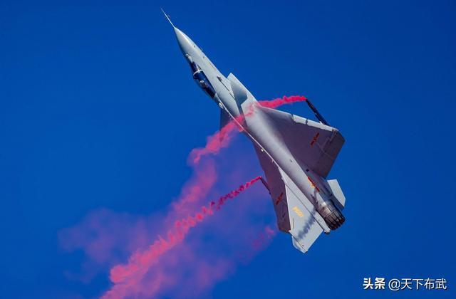 涡扇-10最大推力14吨,推力高达61吨的航空发动机是什么概念?