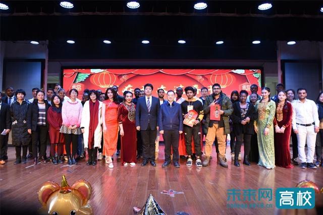 """长安大学举行""""我在长大过春节""""国际学生春节团聚会"""