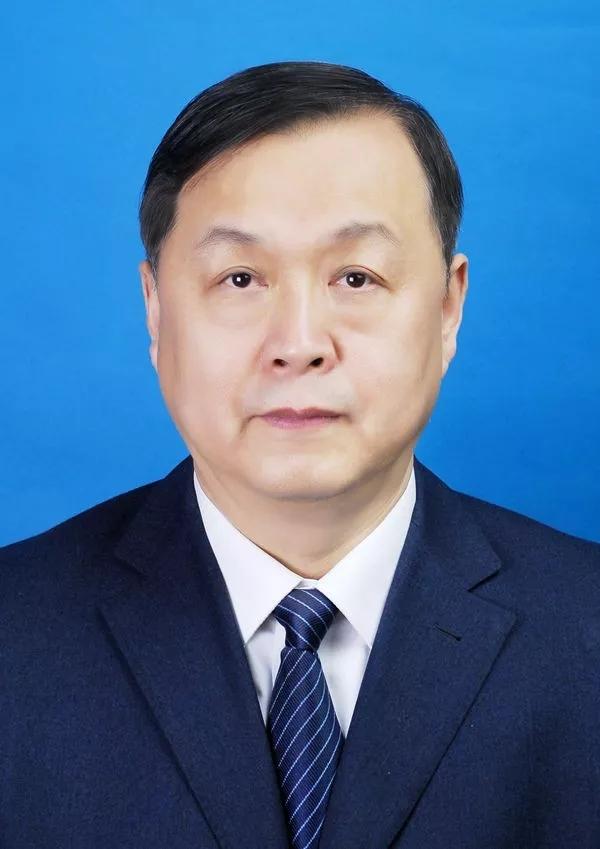 孙洪庆当选为哈尔滨市人大常委会副主任(图/简历)图片