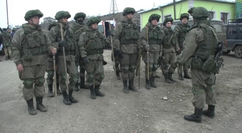 俄罗斯工兵在纳卡地区排查清除超过4500件爆炸物