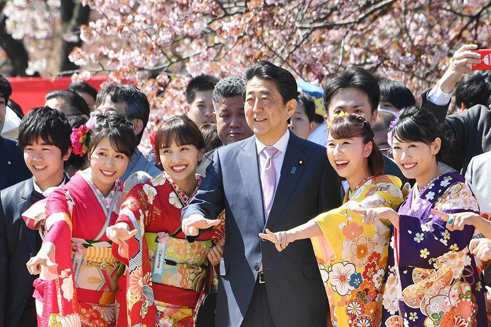 """2019年""""赏樱会""""现场(NHK)"""