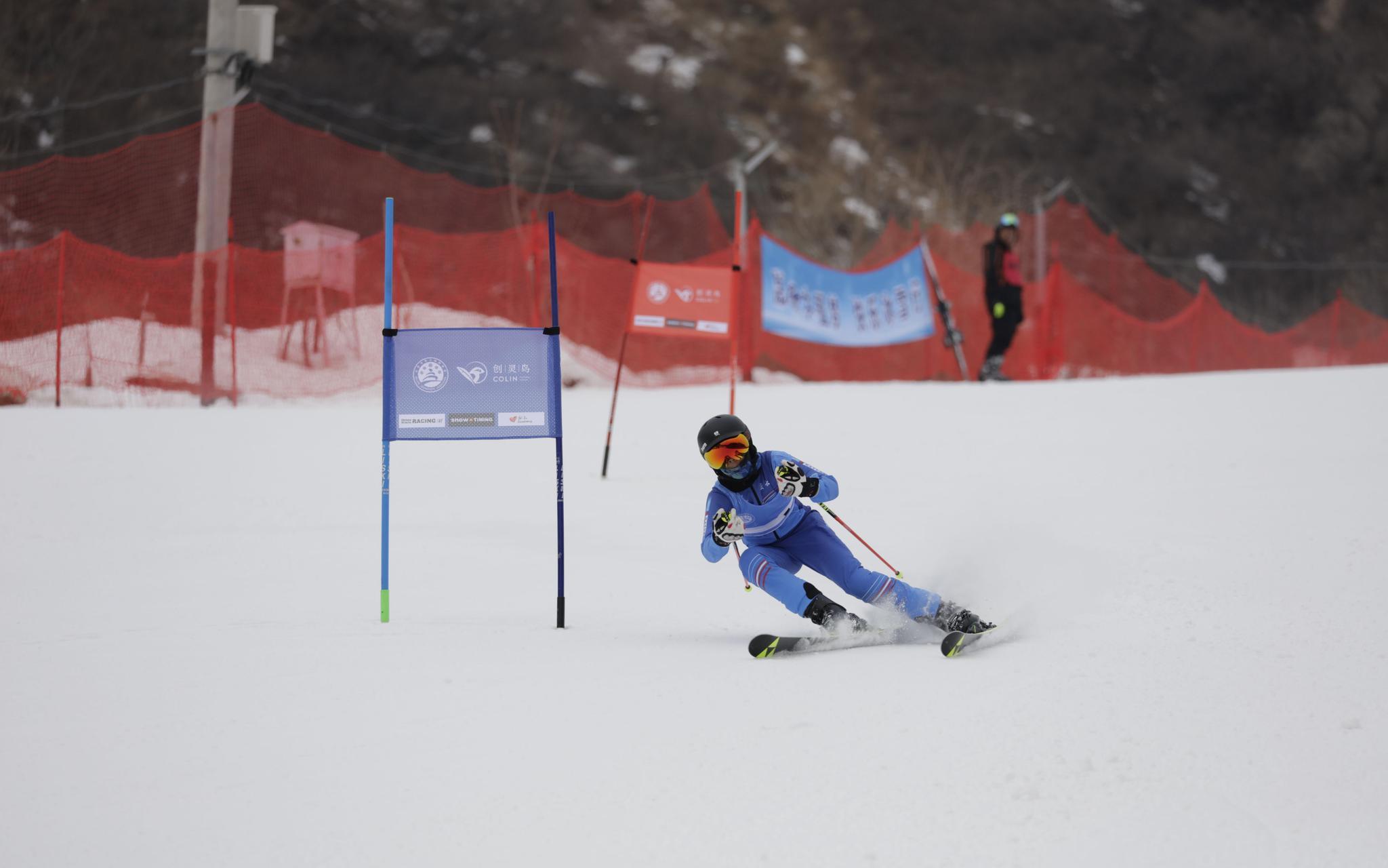 除了高山滑雪,群众雪上比赛还有这些新玩法图片