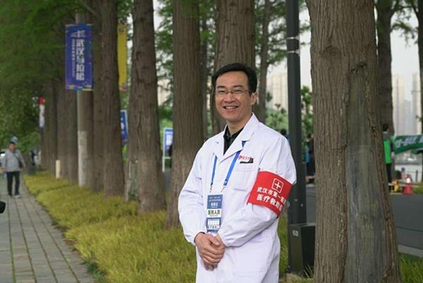 武汉市第一医院呼吸三病区主任汤浩。