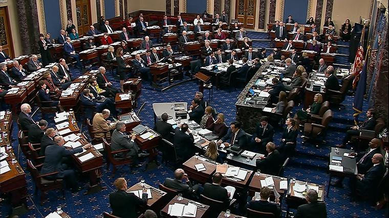 美国国会参议院开始正式审理针对特朗普的弹劾案。(图源:CNN)