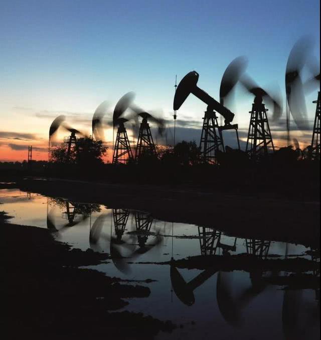 油气体制改革要动真格,但油价气价不会降/新年盘点