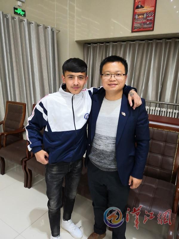 援疆大学老师潘磊