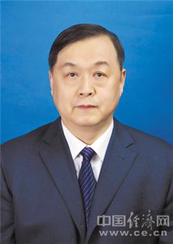 孙洪庆当选哈尔滨市人大常委会副主任(图|简历)