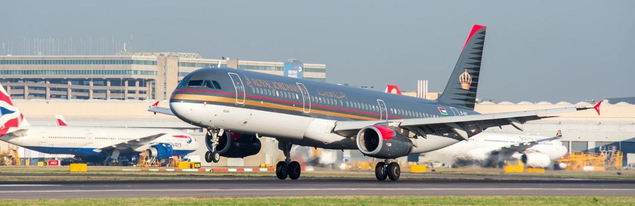 约旦宣布暂停往返英国航班