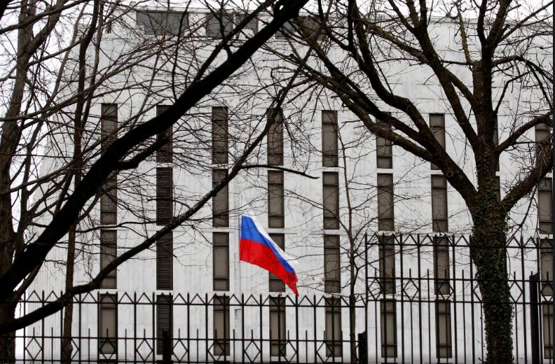 美对俄实施新制裁 克宫:令两国关系正常化更困难