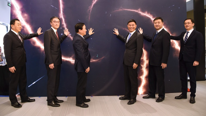 上海外服正式入驻浦东国际人才港图片