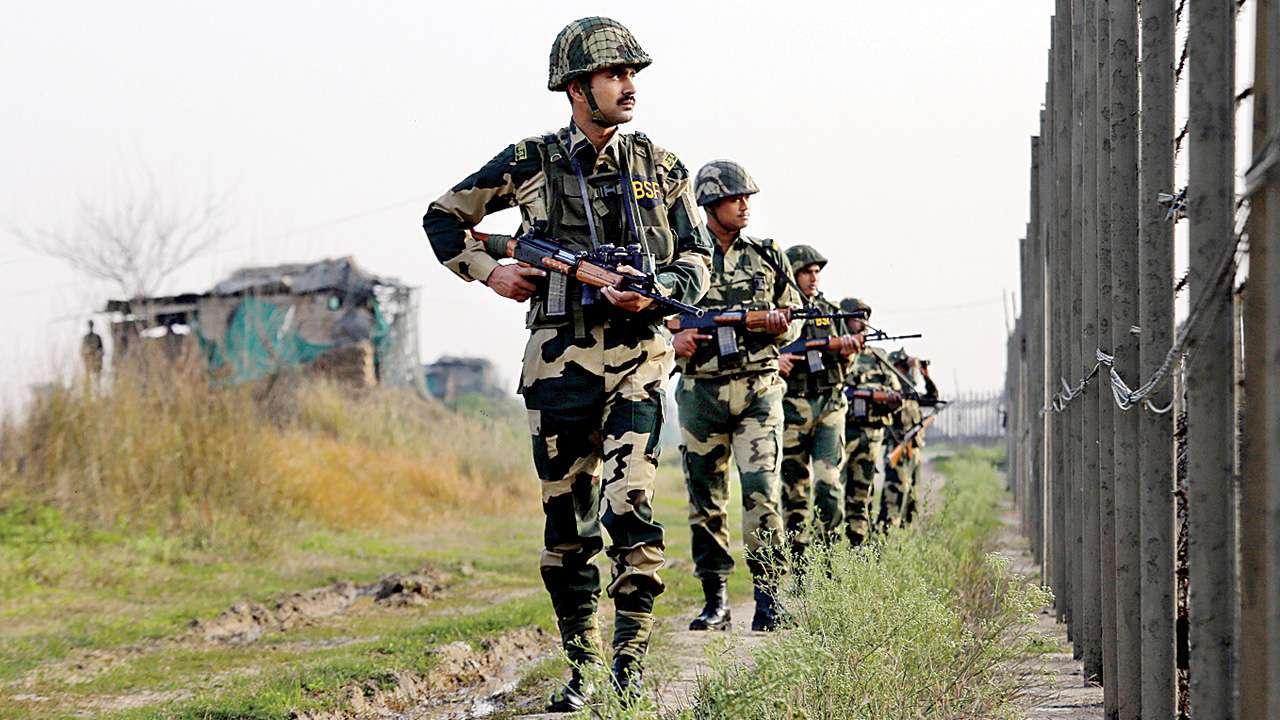 印度边境一军营围墙倒塌:多名士兵被困 2死1伤