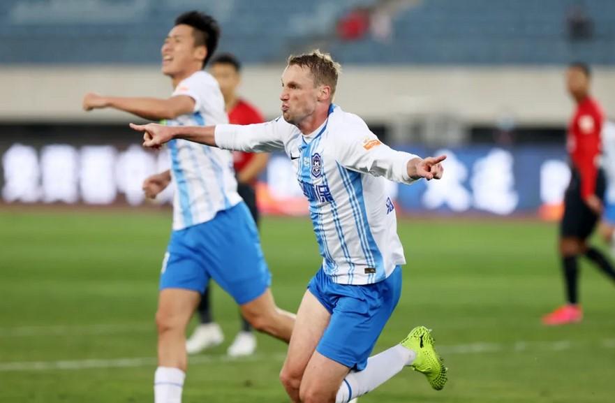 巴斯蒂安斯:在对抗世界级外援,中国后卫达不到德乙水平
