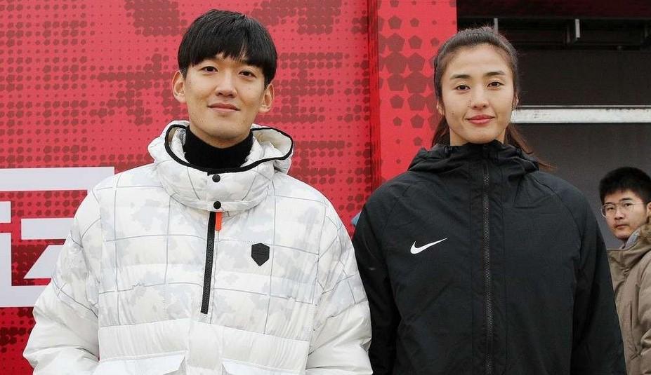 颜骏凌:眼睛有点肿但基本没有问题,已经准备好回归球场