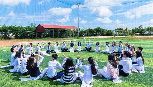 上海深化教育教学改革:初中生公益劳动不少于20课时