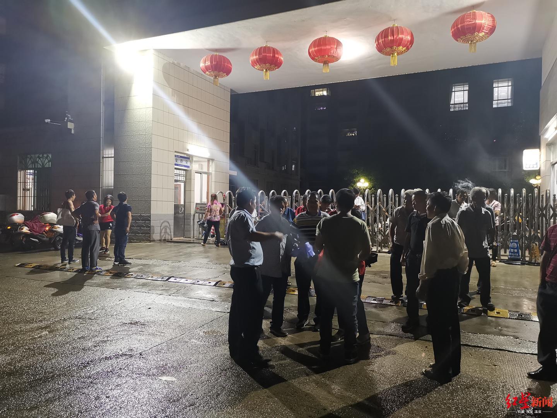"""广西6村民索要水源修复费被以""""敲诈勒索罪""""起诉,主犯一审获刑7年"""