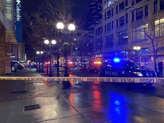 美国西雅图市中心发生枪击案致1死5伤 嫌疑人在逃
