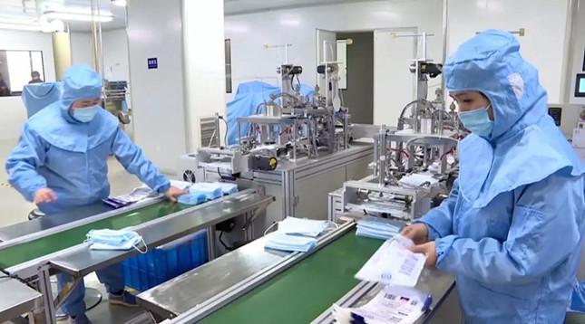 """""""不加价!""""德清企业3倍工资喊回员工加班生产医用口罩共抗疫情"""