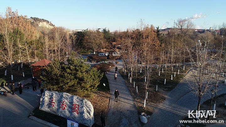 唐山市首个法治主题公园落成开放