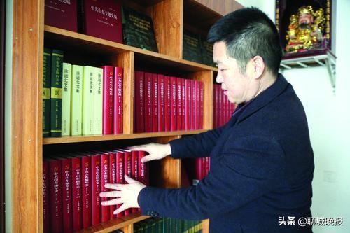 """莘县首个""""乡村红色文化图书馆""""落成,已有4000余人次前往参观借阅"""