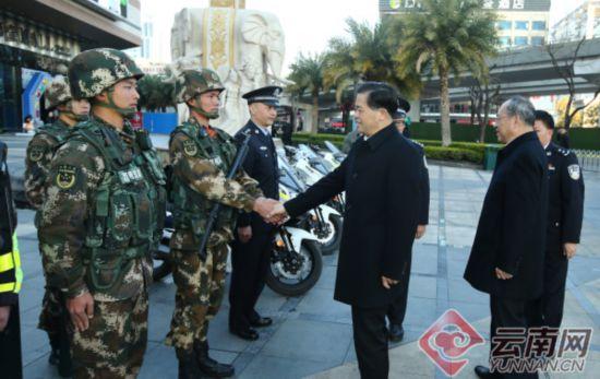 陈豪阮成发率队检查春节期间安保维稳工作并看望慰问一线值班值守人员