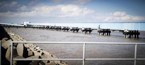 全国首批海域及海上建(构)筑物一体登记不动产权证颁发图片