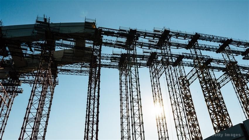 青建国际(01240.HK)中标雅居乐大马项目8.8亿元建筑合约