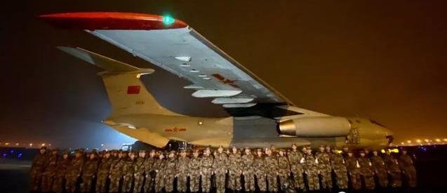 除夕夜,他们是最美逆行者!这就是中国力量