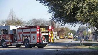 美国休斯敦一工厂发生爆炸 造成至少2人死亡