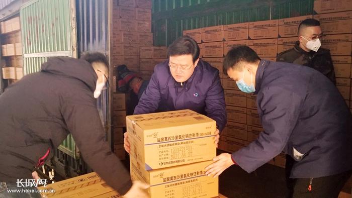石四药:10万袋抗菌输液药品驰援湖北