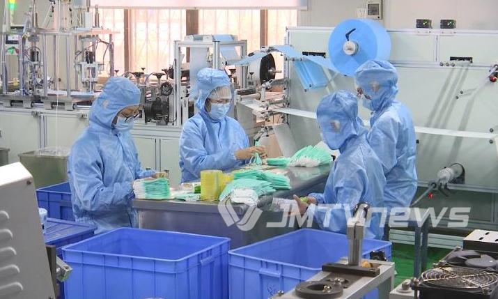 江门一口罩生产企业克服困难坚持生产 日产口罩15万个