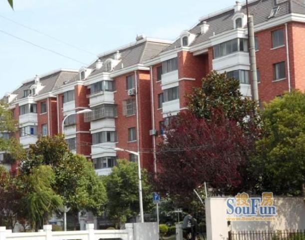 金枫公寓 VS 新世纪花苑在上海谁更胜一筹?