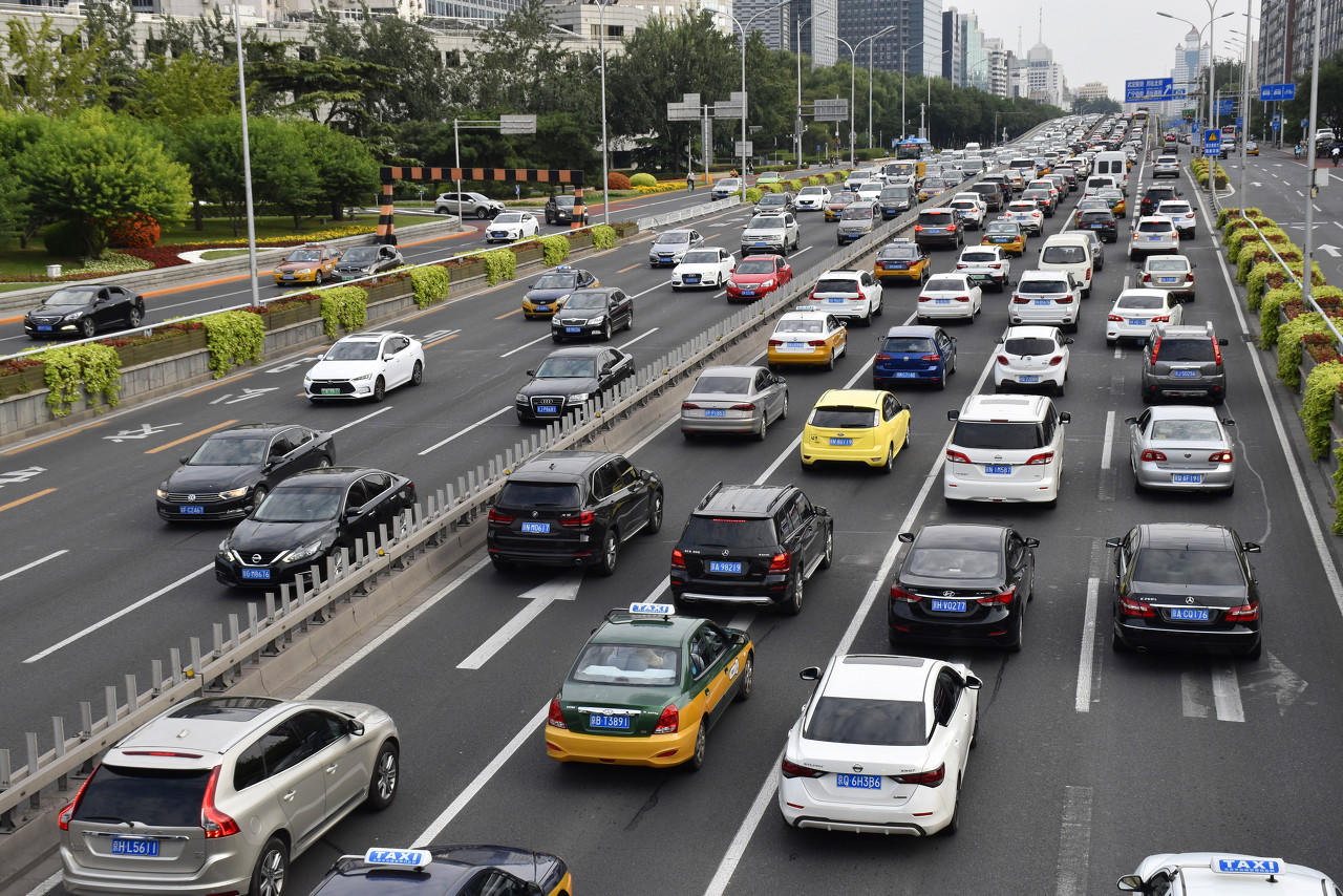 """指标转出就能变""""无车家庭""""吗?北京""""摇号""""新政你还需要了解这些图片"""