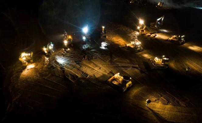 践行责任担当 宝钢股份黄石公司协同用户驰援火神山医院建设