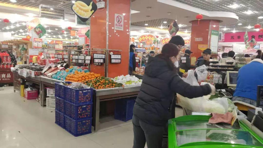 绿叶菜难买?要不要囤菜?上海市民的菜篮子有没有保障?