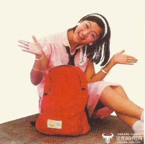 80年代走红女歌星钱贝妮消失之谜:当年类似于关晓彤却在美国出大事