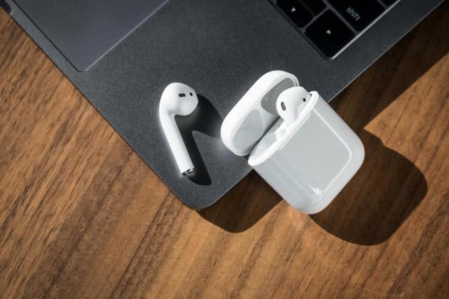 转载:苹果财报电话会议实录:无线耳机和手表产品在吸引新用户方面表现出色