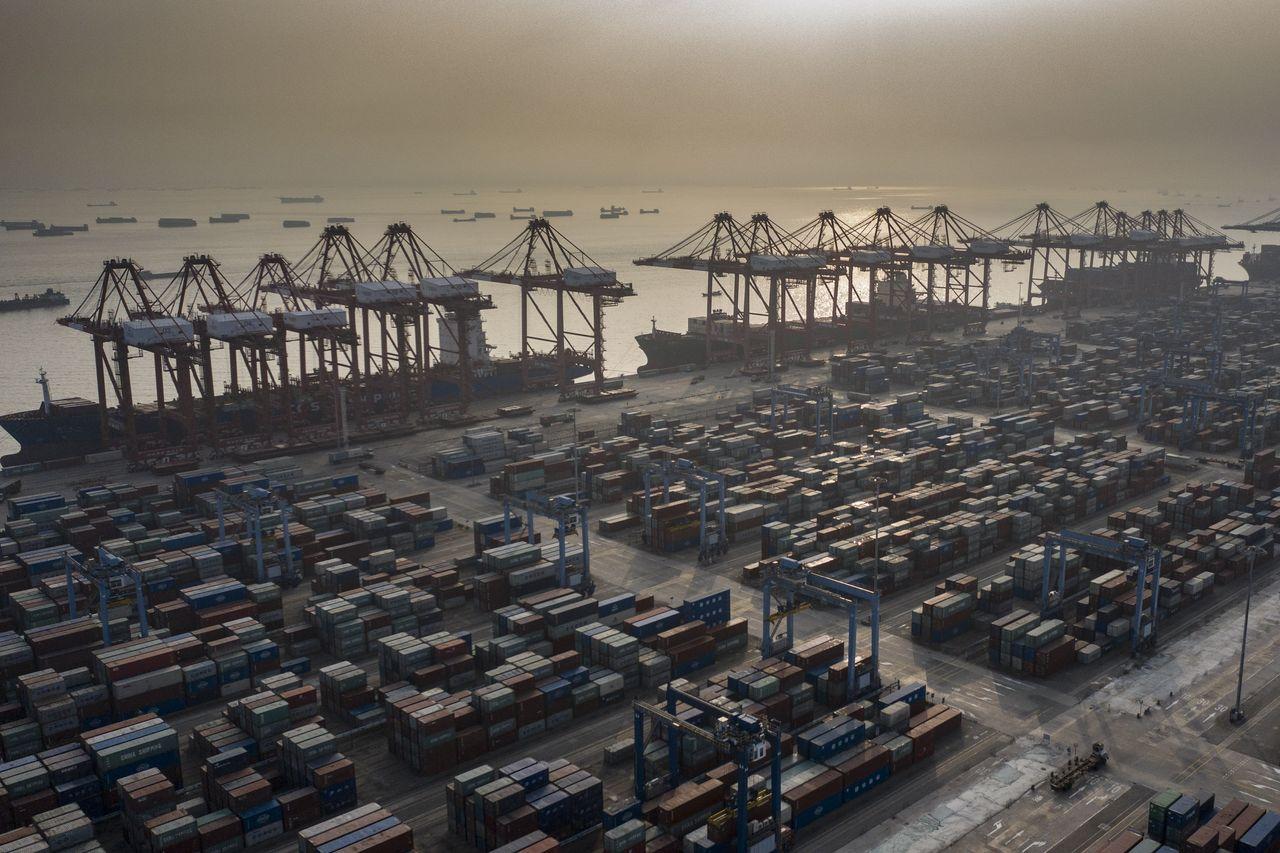 中国出口创纪录增长 外媒:好消息!图片
