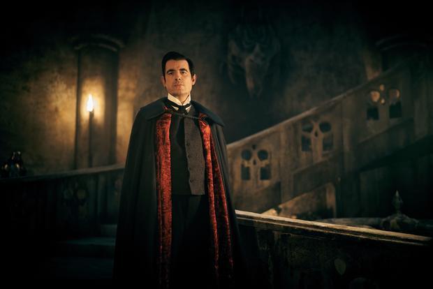 《神探夏洛克》原班人马打造吸血鬼大片《德古拉》