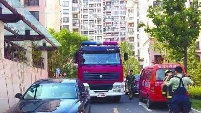 """【整治】重庆多个区县开展打通""""生命通道""""集中治理行动"""