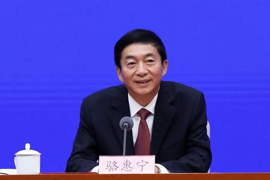 骆惠宁任香港中联办主任 山西工作成绩获高度评价图片